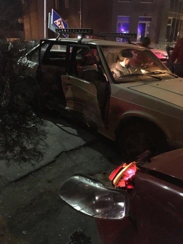 Стало відомо, які травми отримали діти в нічній ДТП на проспекті Бандери (ФОТО), фото-1