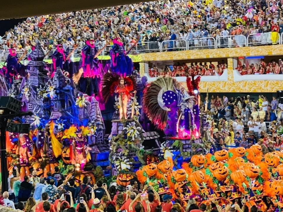 """""""Не кожен витримає такий шалений ритм"""": тернополянин побував на карнавалі у Бразилії (ФОТО), фото-7"""
