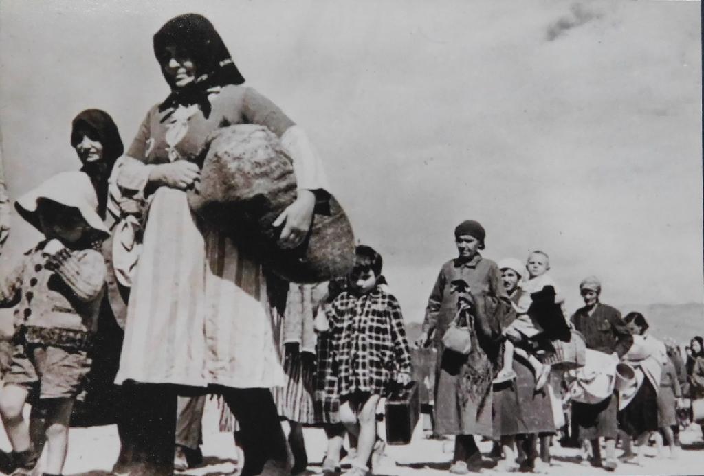 Із Сибіру, через Африку у Великобританію: неймовірна історія двох британок родом з Тернопільщини (ФОТО), фото-3