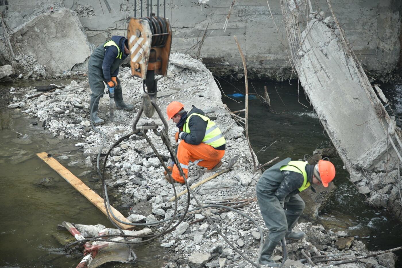 Міністр інфраструктури України оглянув аварійний міст у Лисівцях (фото), фото-2