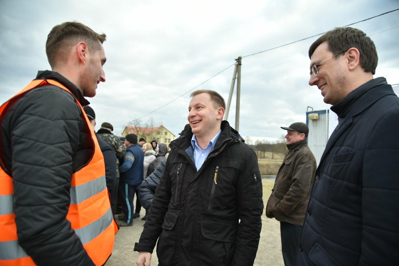 Міністр інфраструктури України оглянув аварійний міст у Лисівцях (фото), фото-4