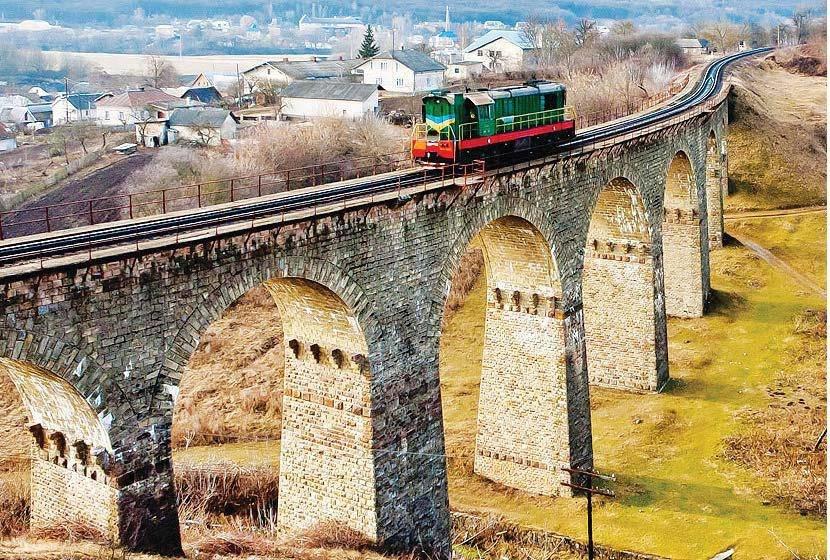 Пропонують підсвітити найвпізнаваніший дев'ятиарковий віадук Тернопільщини (ФОТО), фото-1