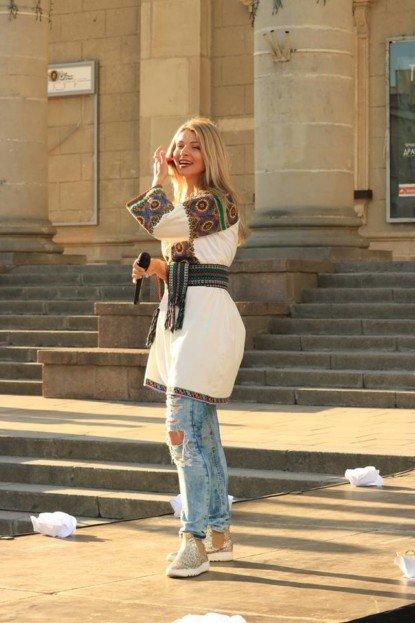 """""""Мені не зовсім комфортно жити, коли маю багато грошей"""": тернопільська фіналістка шоу """"Х-фактор"""" Ірина Борисюк (ФОТО), фото-5"""