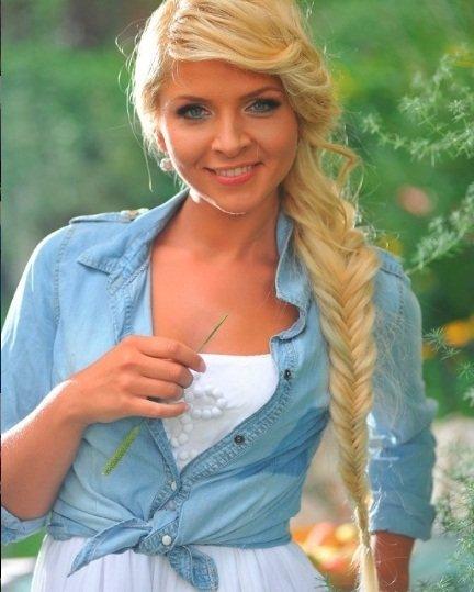 """""""Мені не зовсім комфортно жити, коли маю багато грошей"""": тернопільська фіналістка шоу """"Х-фактор"""" Ірина Борисюк (ФОТО), фото-1"""