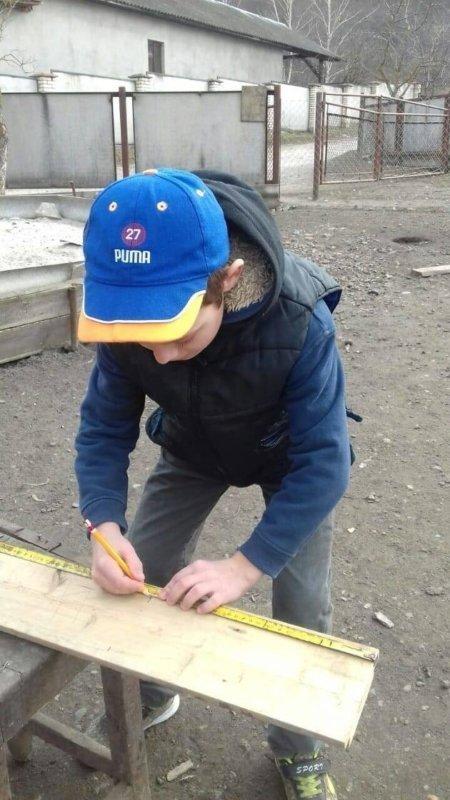 """""""Взимку до нас прилітали дві синички, їм було важко знайти їжу"""": 11-річний школяр з Тернопільщини самотужки майструє """"будиночки"""" для птахів..., фото-3"""