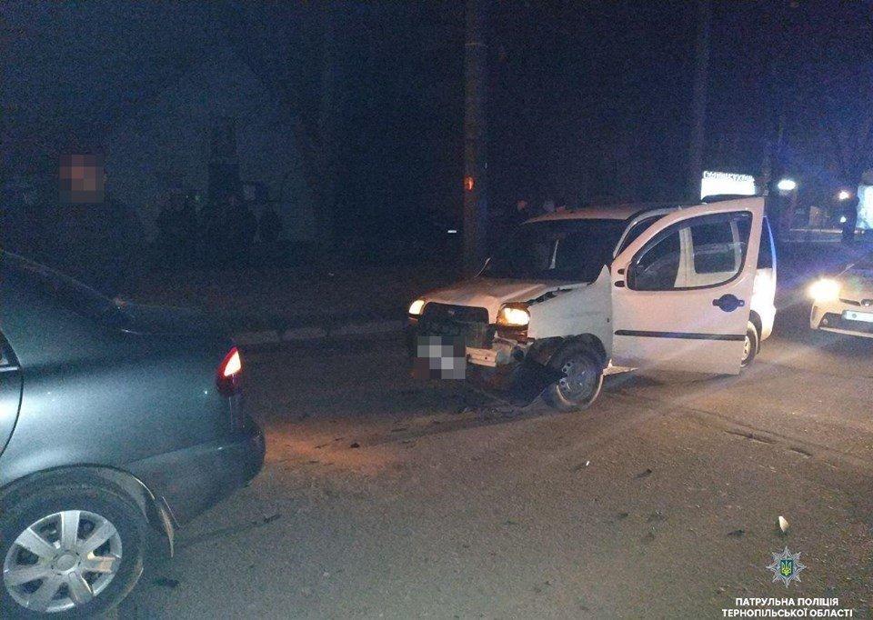 У Тернополі 24-річний п'яний водій спричинив потрійну ДТП (ФОТО), фото-1