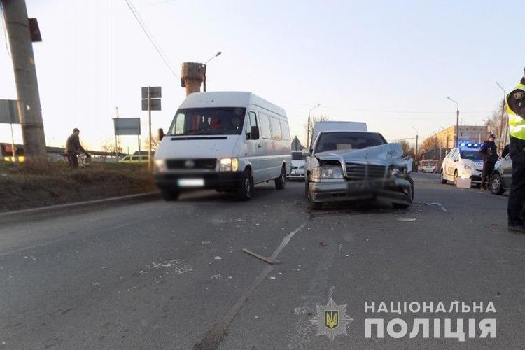 Забої, переломи та травми - результат кількох аварій на Тернопільщині , фото-1