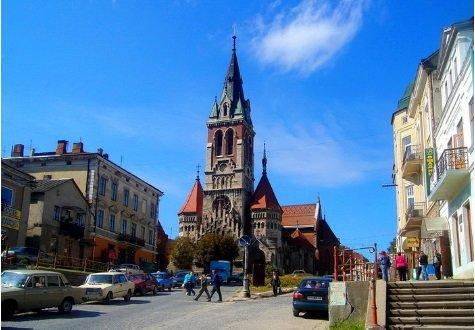 Впізнати просто неможливо: який вигляд мав найвідоміший костел Тернопільщини 150 років тому (Фото), фото-1