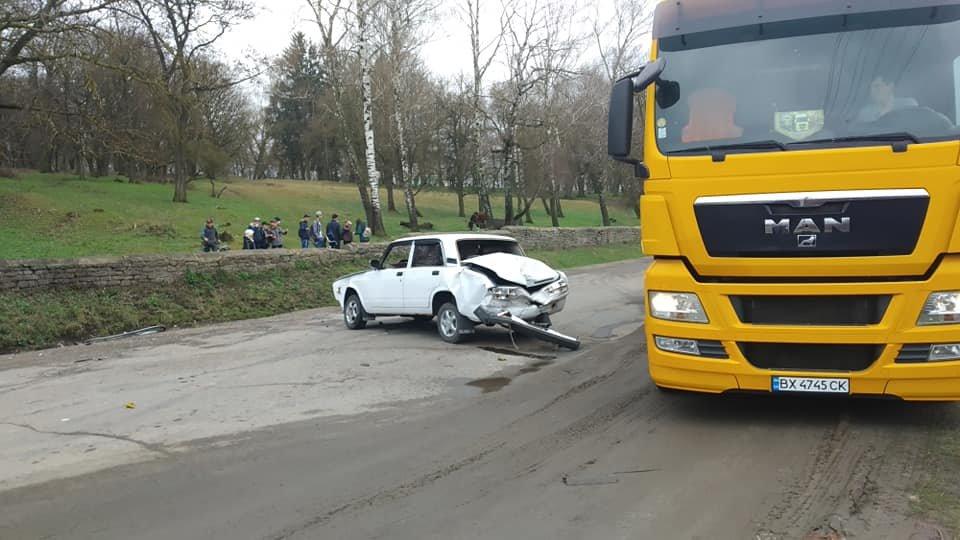 На Тернопільщині трапилась аварія, одна з автівок разом з причепом вилетіла у кювет (ФОТО), фото-2