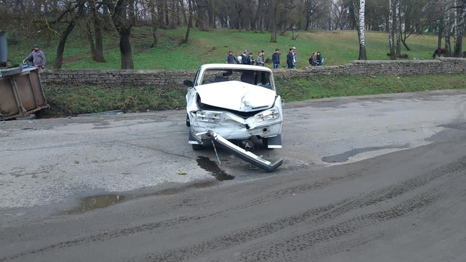 На Тернопільщині трапилась аварія, одна з автівок разом з причепом вилетіла у кювет (ФОТО), фото-4