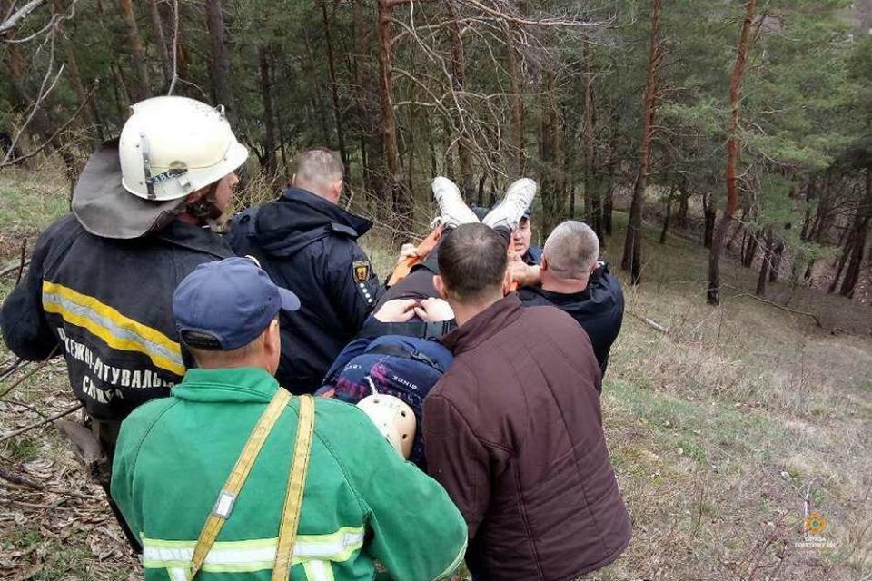 На Тернопільщині із кременецької Замкової гори впала 15-річна дівчина (ФОТО), фото-1