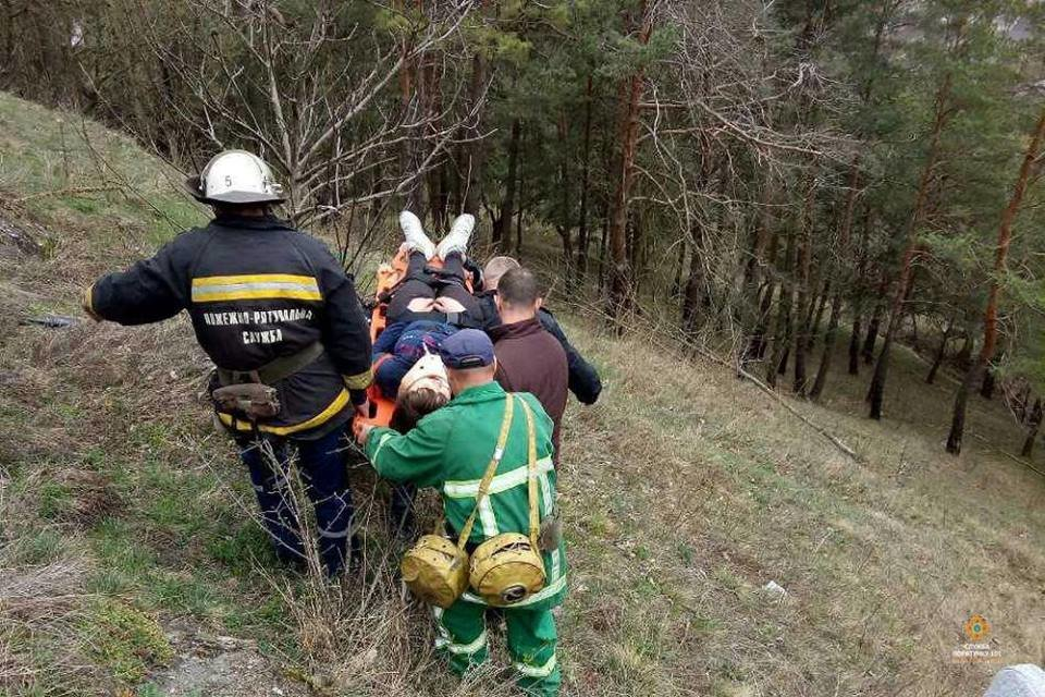 На Тернопільщині із кременецької Замкової гори впала 15-річна дівчина (ФОТО), фото-2
