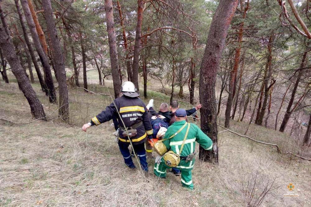 На Тернопільщині із кременецької Замкової гори впала 15-річна дівчина (ФОТО), фото-3