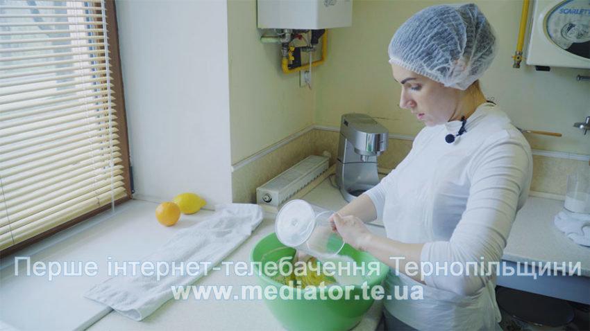 Тернопільський шеф-кондитер розповіла, як приготувати найсмачнішу у світі паску (ВІДЕОРЕЦЕПТ), фото-2