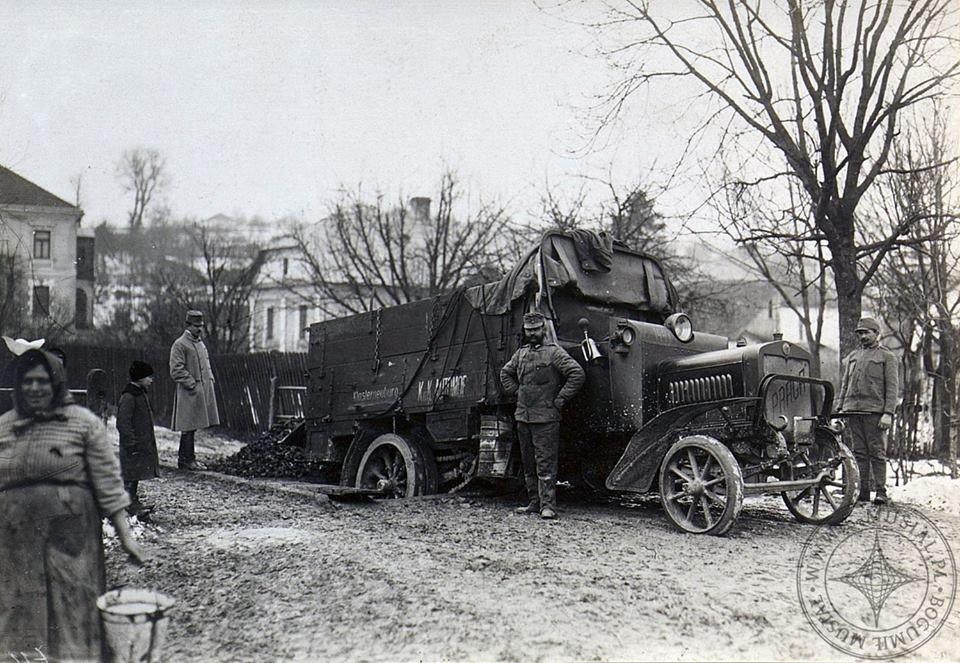 У соціальну мережу потрапило найдавніше фото ДТП  на Тернопільщині, яка трапилась ще у в 1914-1918 роках (ФОТО), фото-1