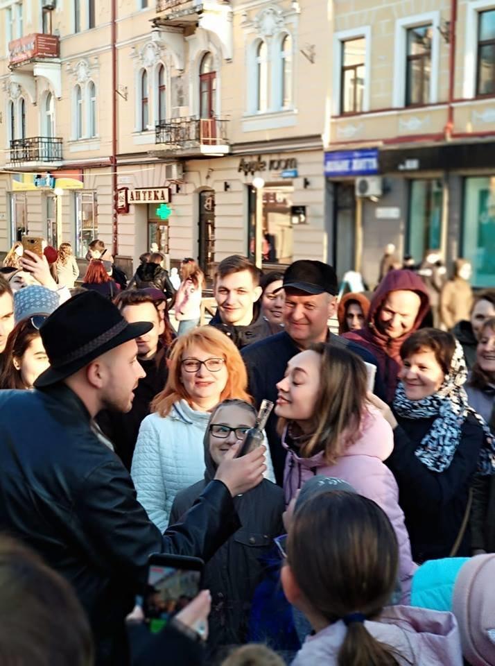 Вершник на коні, бійці з гвинтівками: що робилося вчора на вулицях Тернополя (Фото, відео), фото-3