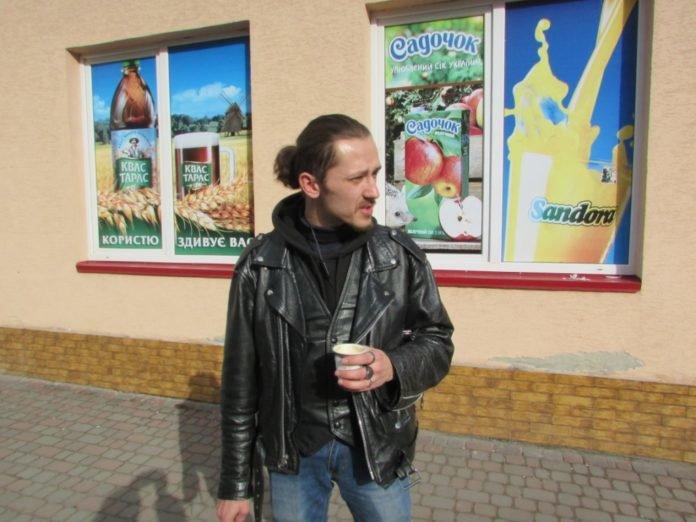 """""""Крадуть переважно продукти"""": після 9 місяців на війні тернопільський рокер пішов працювати продавцем (ФОТО), фото-2"""