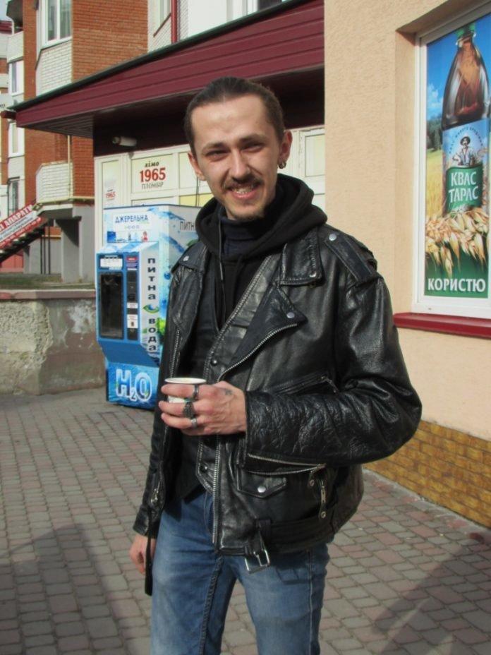 """""""Крадуть переважно продукти"""": після 9 місяців на війні тернопільський рокер пішов працювати продавцем (ФОТО), фото-3"""