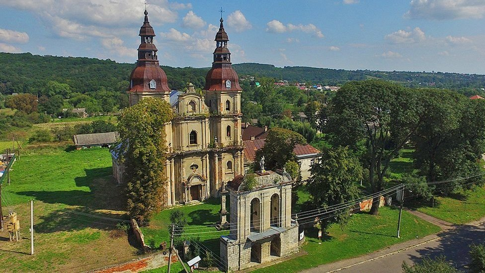 Згарище Собору Паризьзої Богоматері: на Тернопільщині також є три собори, яких ще можна врятувати (ФОТО), фото-8