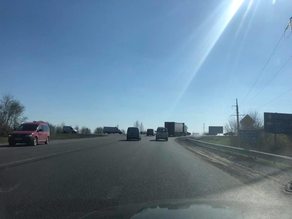 """Під Тернополем сталася ДТП: на перехресті """"Біла-Чистилів"""" зіткнулися два автомобілі (ФОТО), фото-4"""