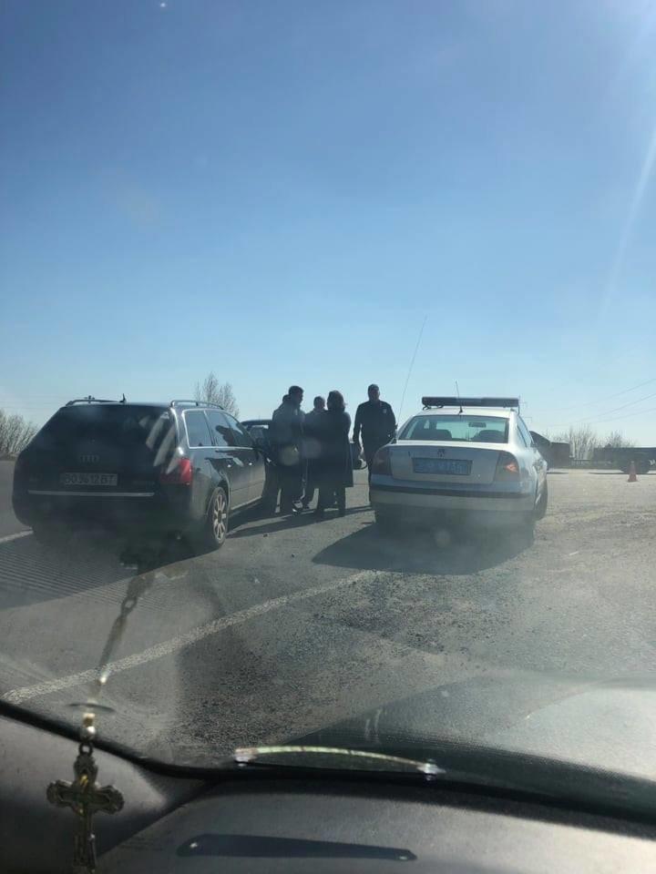 """Під Тернополем сталася ДТП: на перехресті """"Біла-Чистилів"""" зіткнулися два автомобілі (ФОТО), фото-5"""