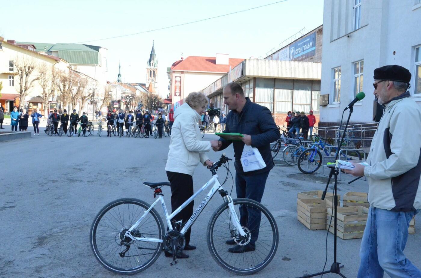 На Тернопільщині чиновники змінили свої автомобілі на велосипеди (ФОТОФАКТ), фото-19