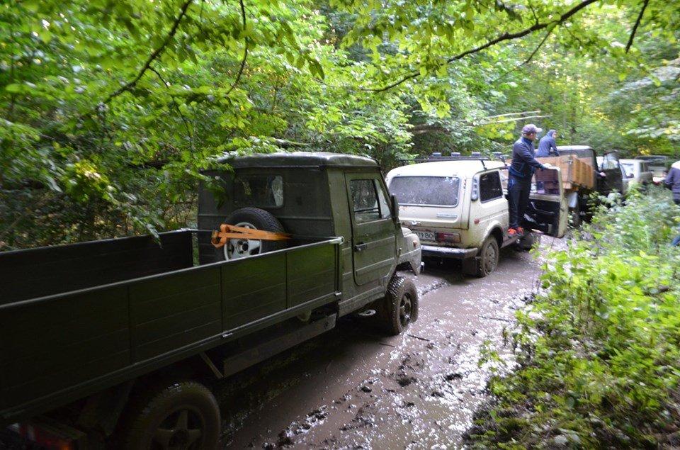На Тернопільщині відбулося перше екстрім-ралі через болото, яри, бездоріжжя та з двома десятками позашляховиків  (ФОТОФАКТ), фото-5