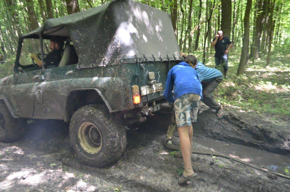 На Тернопільщині відбулося перше екстрім-ралі через болото, яри, бездоріжжя та з двома десятками позашляховиків  (ФОТОФАКТ), фото-7