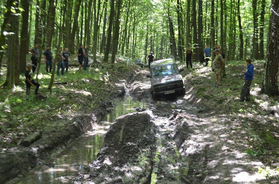 На Тернопільщині відбулося перше екстрім-ралі через болото, яри, бездоріжжя та з двома десятками позашляховиків  (ФОТОФАКТ), фото-8
