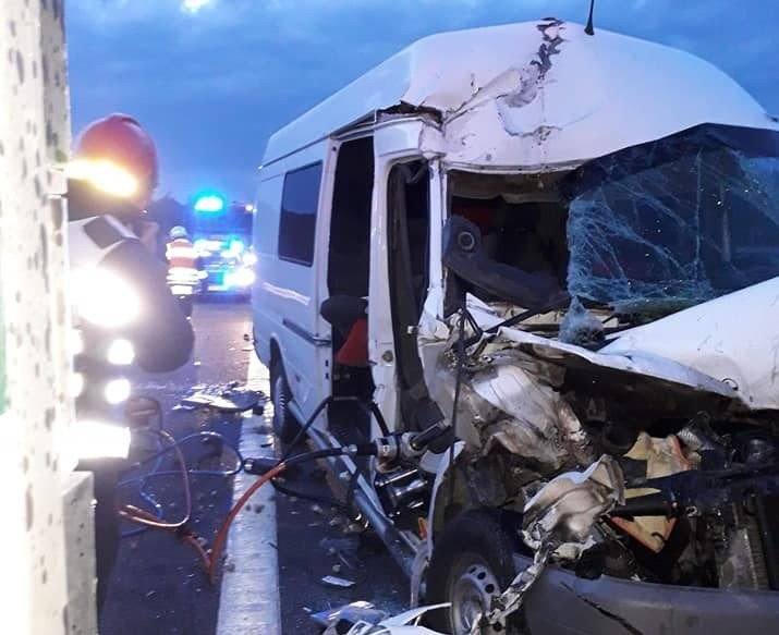 Мікроавтобус з тернопільською реєстрацією, що перевозив заробітчан, потрапив в смертельну ДТП в Польщі: загинула молода дівчина (ФОТО), фото-2