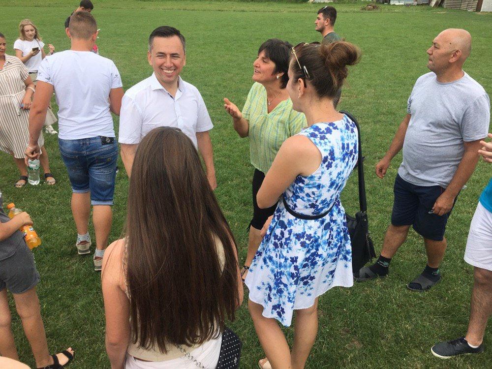 На зустрічі з кандидатом в депутати у 167-му окрузі Володимиром Гевком і його командою приходять тисячі краян (Фоторепортаж, відео) , фото-21