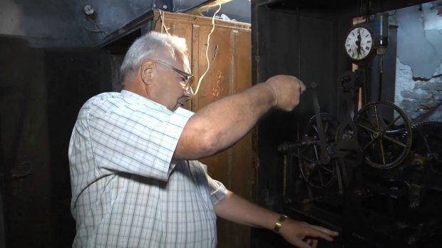 Унікальні місця Тернопільщини: історія старовинного годинника, який майже ніколи не зупинявся (ФОТО, ВІДЕО), фото-3