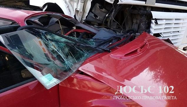 """""""Вантажівка потрощила легковик"""": з'явилися подробиці ДТП на Тернопільщині (ФОТО), фото-1"""
