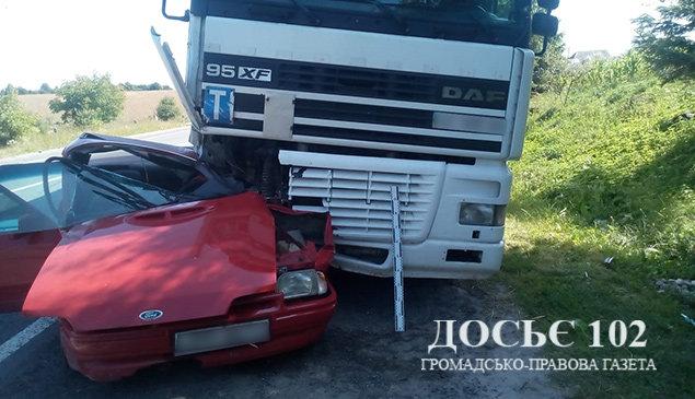 """""""Вантажівка потрощила легковик"""": з'явилися подробиці ДТП на Тернопільщині (ФОТО), фото-4"""