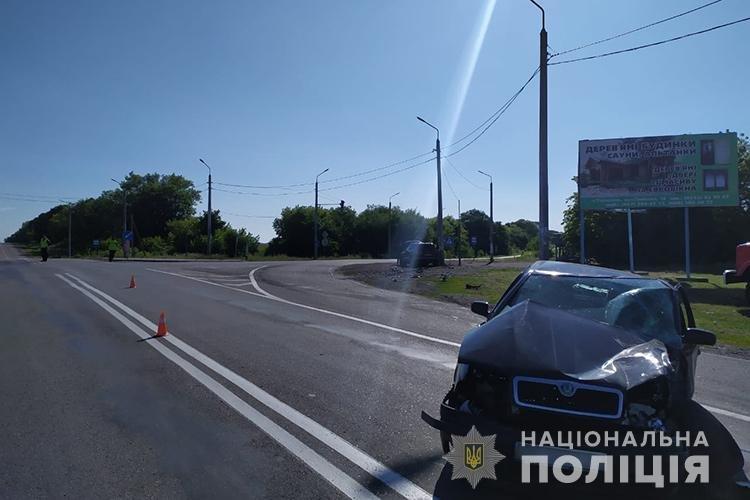 Через несправний світлофор на Тернопільщині трапилась ДТП: травмувалося четверо людей (ФОТО), фото-2
