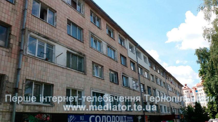"""""""Могла випасти з вікна"""": у Тернополі врятували 1,5-річну дитину, яка замкнулася у квартирі на п'ятому поверсі (ФОТО), фото-4"""