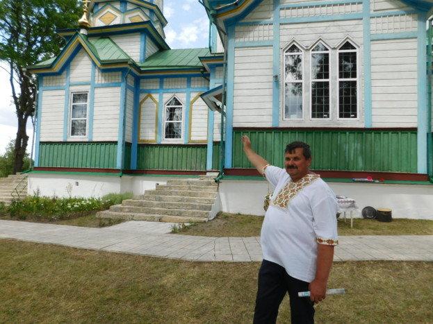 На Тернопільщині на даху дзвіниці виявили схованку, якій майже 75 років (ФОТО), фото-3