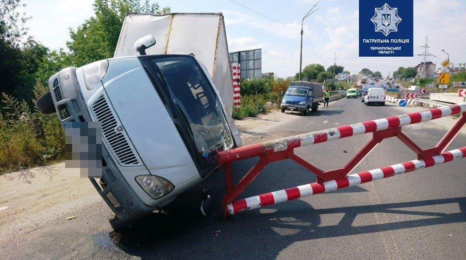 З'явився перший коментар тернопільської поліції щодо ДТП на Гаївському мості (ФОТО), фото-1