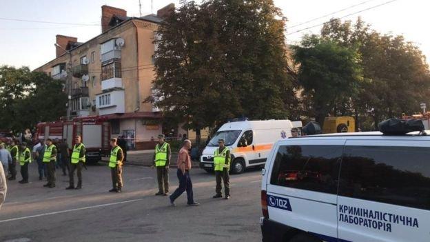 У сусідній області вибухнув газ у житловому будинку: повідомляють про одного загиблого та 7 госпіталізованих, серед них діти (ФОТО), фото-2