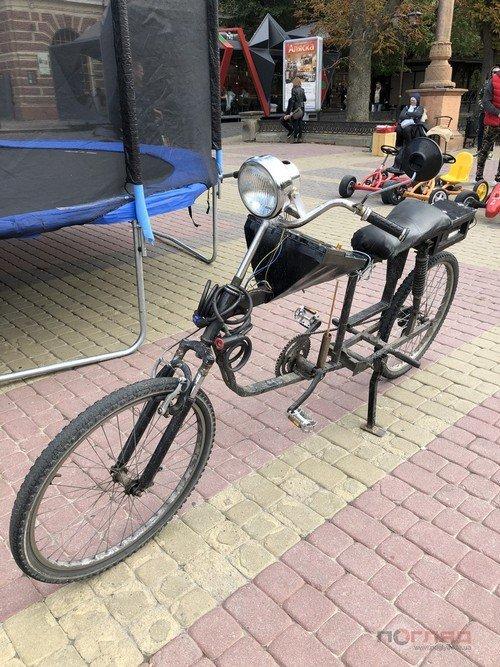 """""""Синхронізується із телефоном"""": тернополянин виготовив із металобрухту унікальний велосипед (ФОТО), фото-1"""