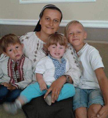 На Тернопільщині монахиня стала матір'ю для 9 дітей (ФОТО), фото-1