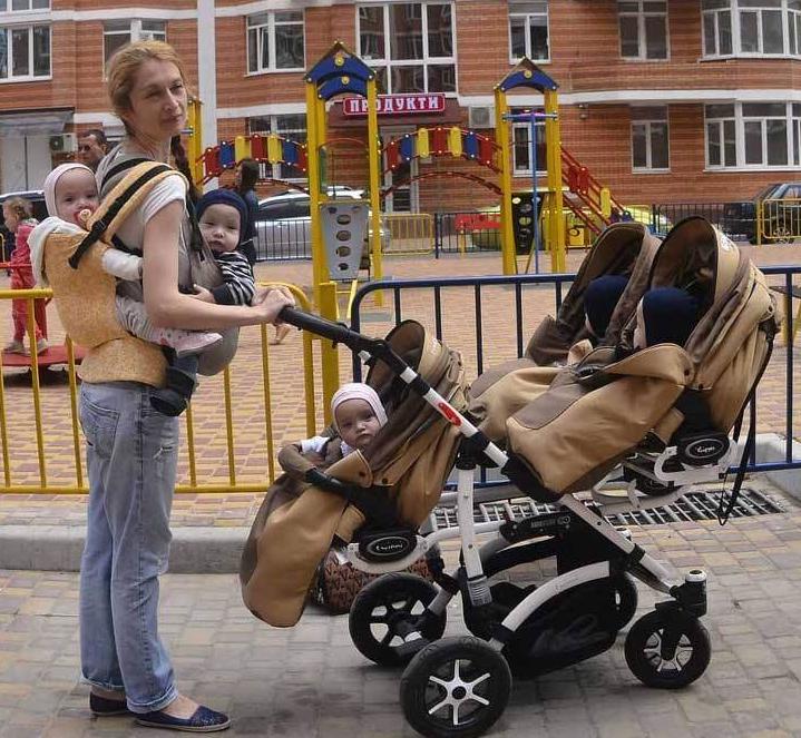 «Чоловік пішов, коли дітям було пів року, і більше нашого порога не переступав»: розповідь відважної матері, яка одночасно народила 5 діте..., фото-2