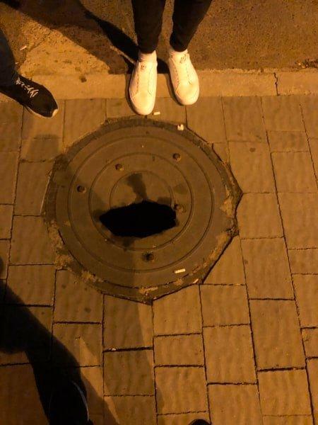 Тернополян попереджають про небезпеку поблизу відомого закладу (ФОТОФАКТ), фото-1