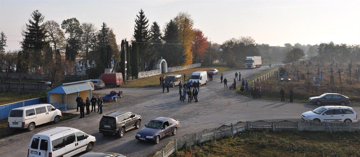 На Тернопільщині люди вдруге перекривали дорогу   (ФОТО), фото-2