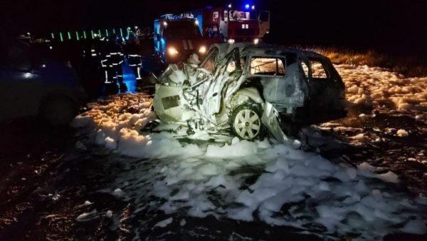 """""""Сім'я живцем згоріла в авто"""": в сусідній області сталася жахлива ДТП (ФОТО), фото-1"""