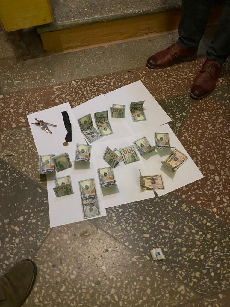 На Тернопільщині затримали одного з керівників РДА, який вимагав понад 4 тис. доларів (ФОТО), фото-1