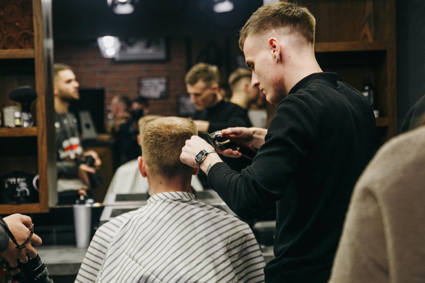 """В Тернополі відкрився новий барбершоп всеукраїнської мережі """"GC Barbershop"""": діють новорічні знижки, фото-3"""
