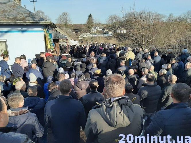 """""""Це горе для всіх нас"""": на Тернопільщині похоронили 15-річного Віктора Груб'яка (ФОТО), фото-2"""