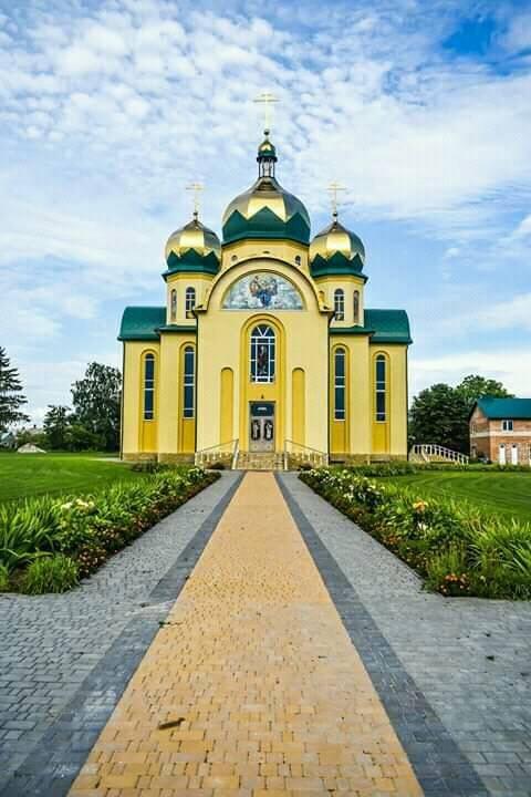 За селфі церкви – приз: відомий священик з Тернопільщини запустив новий флешмоб, фото-5