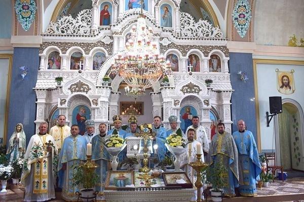 """Іконостас з 1,5 мільйона бісеринок: як виглядає """"восьме чудо"""" Тернопільщини (ФОТО), фото-4"""
